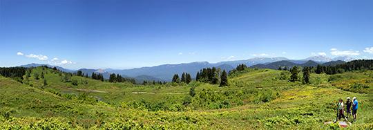 Перевал Гойтх — вид на запад