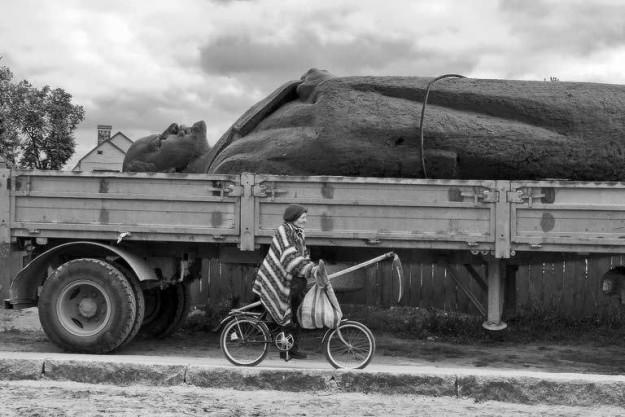 У направлявшихся в Москву дальнобойщиков конфисковали грузовики и отняли права