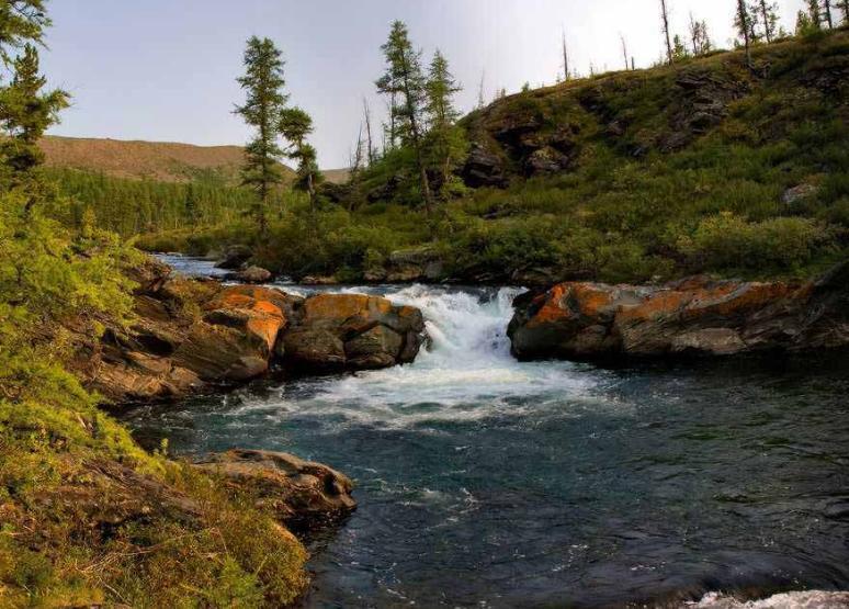 Водопад на реке Лена